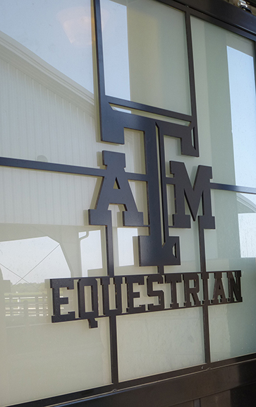 Texas A&M University - Thomas G. Hildebrand, DVM, Equine Complex